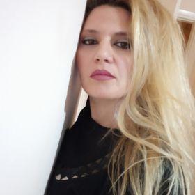 Ρένα Ρενάτα