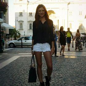 Alexandra Larissa