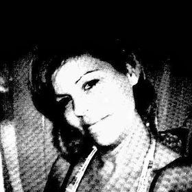 Anja Fritsche