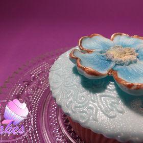 karin's cakes