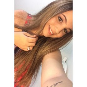 Carolina Arruda Falcão