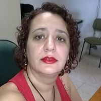 Nina Fernandes