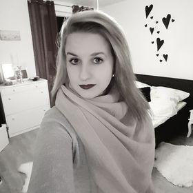 Julia Gömpel
