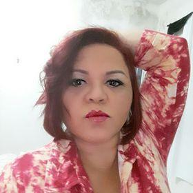 Claudiane Moura