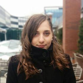 Tania Laura