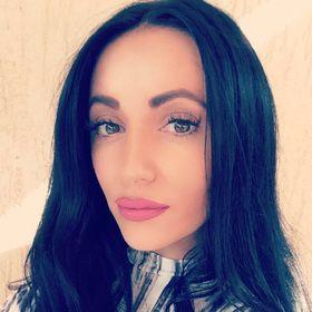 Adriana Flory