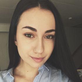 Susanna Hollow