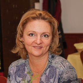Zsuzsanna Hanol