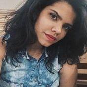 Lívia Lopes