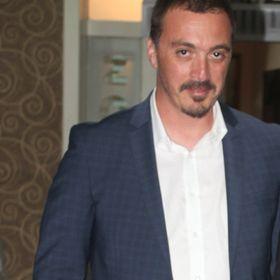 Serhan Savdert