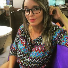 Lethicia Queiroz