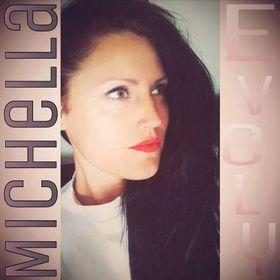 Michella Evely