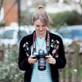 Caroline Opacic -  London Wedding Photographer