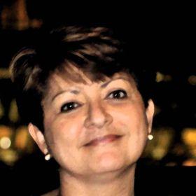 Nyvia C. Bandeira Castro