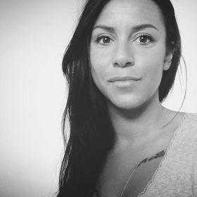 Yéléna Lacote
