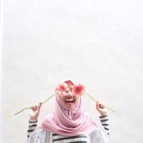 Hesty Noorhidayati