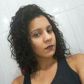 Thaìs Oliveira