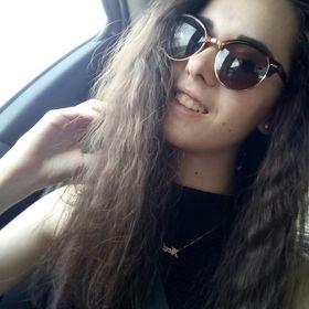 Alexa Aradi