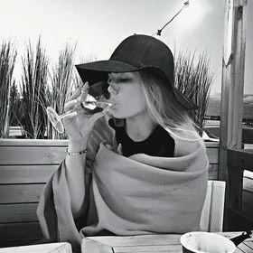 Anni Savolainen