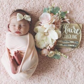 Holls and Sia | Handmade Nursery Decor & Birth Stat Signs
