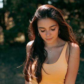 Kelly Fox