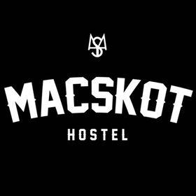 Macskot Hostel