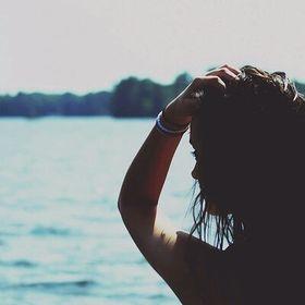 Ioanaa ☆