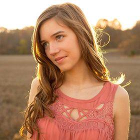 Amy Lauren