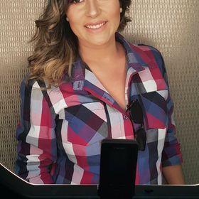 Lucila Flores