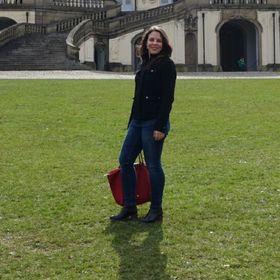 Renata Almeida