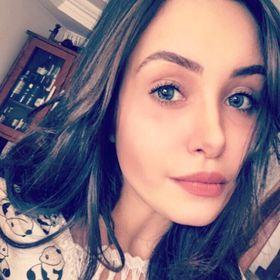 Amanda Garoufallis