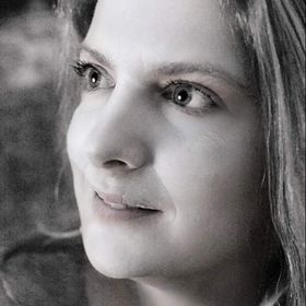 Isabelle Valin
