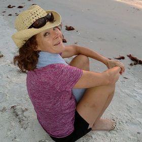 Lisa Huddleston