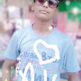royal Thakur boy