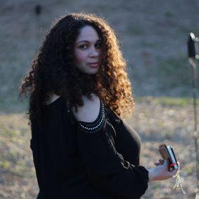 Kristen Jett | Starlit Strategies