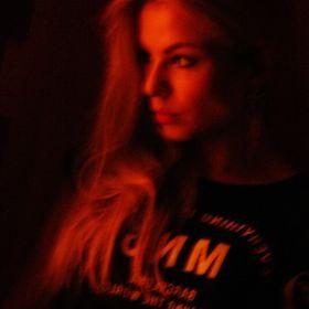 Ksenia Lemore
