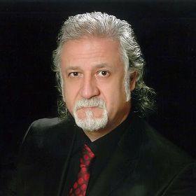 Dr. Serdar Kipdemir/Dr. Instructor /Calligrapher/Lettering/Artist