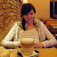 Angi Tóth