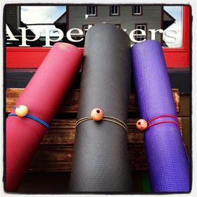 The Yoga Mat Tie