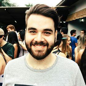Vinicius Bueno