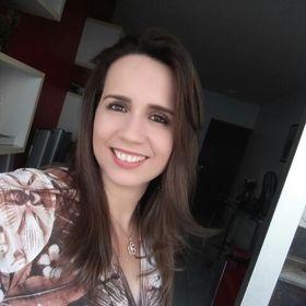 Nayra Azevedo