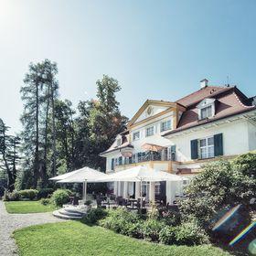 Schlossgut Oberambach Bio Hotel