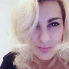 Zuzana Macugova