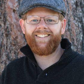 Erik Hendrix - Professional Writer