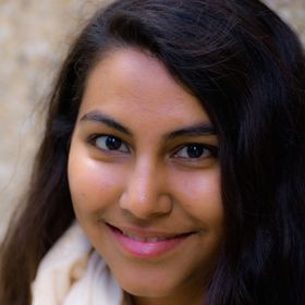 Sareeta Lopez, of Flight & Scarlet | Time management, productivity, healthy living, money, budgeting