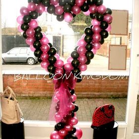 Balloon and party kingdom