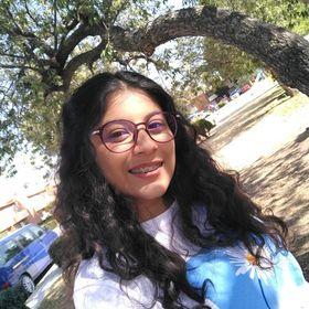 Ximena Medina