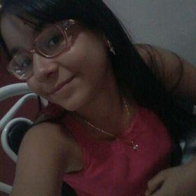 Laura Carolyna Souza