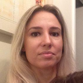 Fernanda V. M. Soares