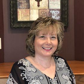 Michelle Diercks Bible Study Mentor, Speaker, & Podcast Host